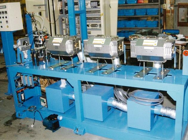 光ファイバリボン芯線製造ライン